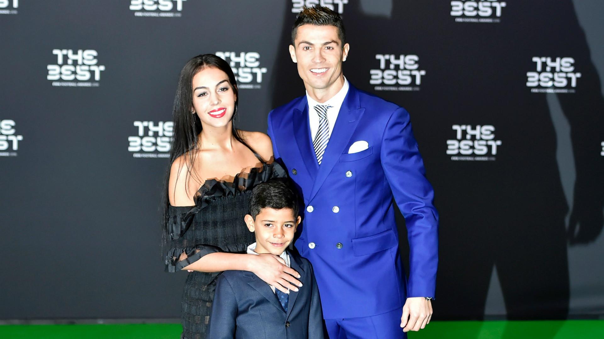 Cristiano Ronaldo nikahi Georgina Rodriguez